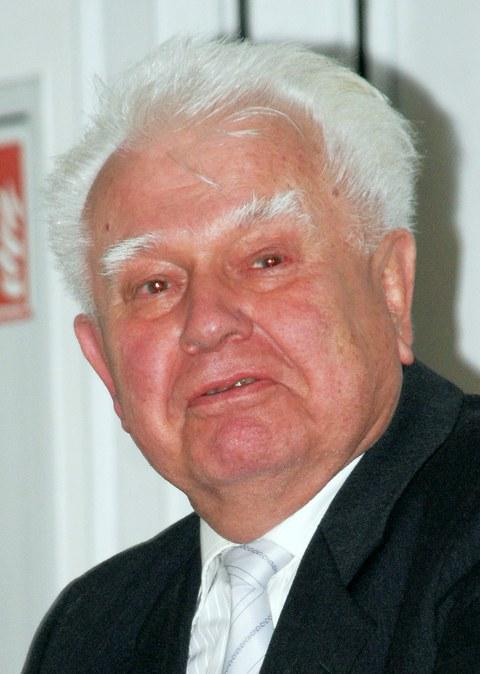 Prof. Dr. Herbert Hanus
